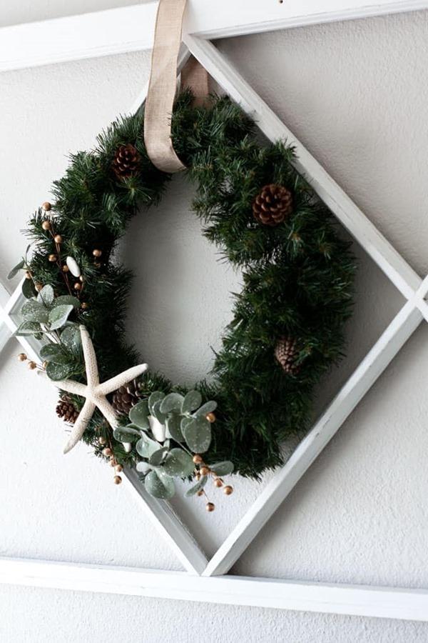 diy-coastal-farmhouse-winter-wreath-22