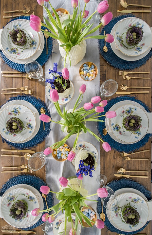 Colourful-Easter-Table-Setting-Idea-6