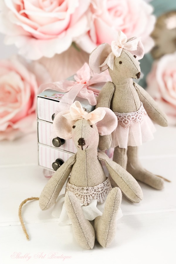 Littke Mouse free pattern from Shabby Art Boutique