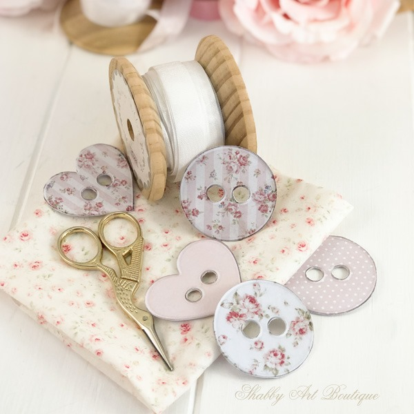 Printable buttons from the April kit of the Handmade Club at Shabby Art Boutique