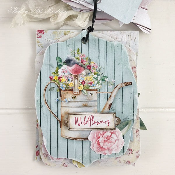 Lovely wildflowers tag from the shabby cottage garden flip tag project - May kit for the Handmade Club - Shabby Art Boutique