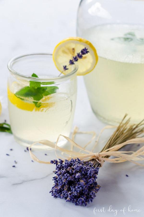 Lavender-lemonade-recipe-11-678x1024